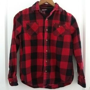 Arizona Jeans Red Plaid Button Up